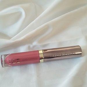 Urban decay vice liquid lipstick in trivial
